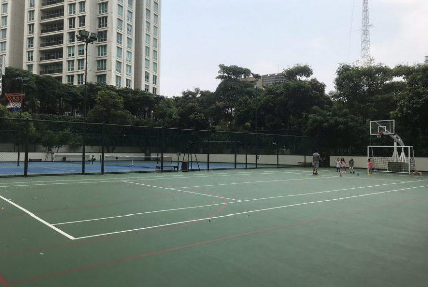 Tennis-and-basketball-court-Pakubuwono-Residences